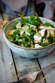 rocket, pear & goat's cheese salad with walnut dressing | table twetny eight.