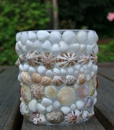 Were you able to collect seashells during your last visit in the beach? Or maybe you have been collecting seashells since you were a child. Here are some of the unique craft with beach shell decora… Seashell Projects, Driftwood Projects, Seashell Crafts, Home Crafts, Crafts For Kids, Arts And Crafts, Diy Crafts, Summer Fun, Summer Ideas