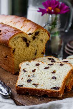 Rosinenbrot Rezept -saftig Raisin Bread, Banana Bread, Cooking, Desserts, Food, Germany, Challah, Yogurt, Dinner Rolls Recipe