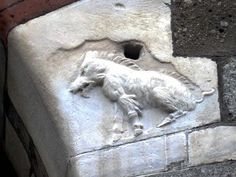20 unconventional ways to see a different Milan Lion Sculpture, Palazzo, Statue, Milano, Bella, Events, Live, Art, Pictures