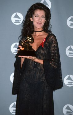 Retour sur les moments les plus marquants du style de star de Céline Dion (PHOTOS)