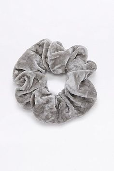 Crushed Velvet Scrunchie Hair Band - Urban Outfitters