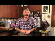 Fermentation revivalist Sandor Ellix Katz teaches us how to make sauerkraut and shares some ideas about fermentation. For more videos check out feastforward. Fermentation Recipes, Canning Recipes, Probiotic Foods, Fermented Foods, Lacto Fermented Pickles, Ni Cru Ni Cuit, Sauerkraut Recipes, Nourishing Traditions, Recipes