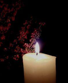 Hyvää Pyhäinpäivää! Tänään sytytän kynttilän mielessä kaipaus ja muistot. Blogissa pohdintaa.  #uusiblogipostaus #newblogpost #linkkibiossa #linkinmybio #pyhäinpäivä #sytytänkynttilän #muistot #memories #usko #faith #toivo #hope #suru #sorrow #ajatuksia #thoughts #candlelight #lifestyleblogger #nelkytplusblogit #åblogit #ladyofthemess