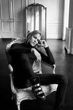 official photos c821e 29963 Karolina Kurkova is once again starring in a Giuseppe Zanotti ad campaign.  Shoe GameCampaignFall 2015AdsGiuseppe ...