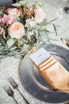 The perfect English garden decor by Sparks Weddings: romantic blush hues, paired with cream tones and delicate foliage are a timeless classic in the wedding industry. Perfect English, Blush, Industrial Wedding, Timeless Classic, Delicate, Romantic, Table Decorations, Weddings, Cream