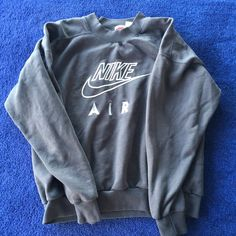 Vintage Nike sweatshirt Size xl really comfy and oversized on me (I'm an xs/s). Good condition super vintage and cool looking Nike Sweaters Crew & Scoop Necks