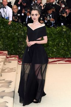 The heavenly divine looks on the Met Gala red carpet - Couture Tribune Lily Collins Celebrity Red Carpet, Celebrity Dresses, Celebrity Style, Gala Dresses, Red Carpet Dresses, Black Dress Red Carpet, Club Dresses, Givenchy, Blake Lively