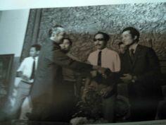 Presiden Soeharto menerima pengurus Tuna Netra di istana Merdeka 15 Oktober 1973