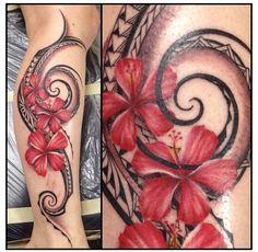 Polynesian tribal Leg piece with hibiscus flowers By Laura Naylor, Monarch Tattoo, Hau'ula, Hawaii