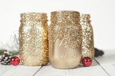 More glitter! Have you made gold glitter mason jars? Do you want to? This more of a fun share post.  Check out my DIY glitter tutorial to make your own gold glitter jars! This post contains affiliate links for Amazon and I make commission if you buy through my links in the next 24 …
