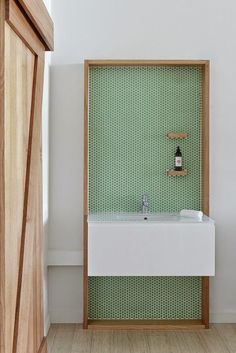 Source     I not always show bathrooms or anything like it, but when I see something worth it, I have to show it and this is the case. Th...