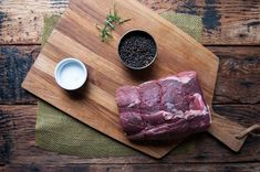 Foolproof Recipe for How to Cook a Beef Rib Eye Roast Fish Recipes, Beef Recipes, Yummy Recipes, Baked Salmon And Asparagus, Ribeye Roast, Prime Rib Roast, Beef Ribs, Yummy Treats, Recipe Treats