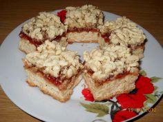Prajitura Linzer cu dulceata de gutui si nuca Krispie Treats, Rice Krispies, French Toast, Recipies, Good Food, Food And Drink, Bread, Breakfast, Sweet