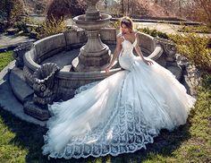 Amanda Novias Customize Luxury High-End Wedding Dress With Long Train Sleeveless Mermaid Style Dress