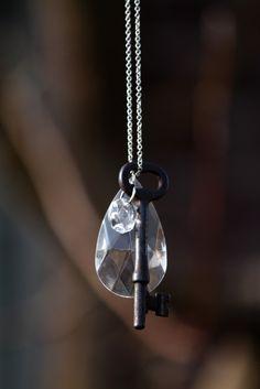 *** found jewelry, skeleton key, steampunk jewelry, upcycled jewelry, repurposed jewelry, re-purposed jewelry, chandelier, vintage, antique