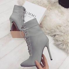 WEBSTA @ simmishoes - Grab some booty Shoes: Amara - £40.00Shop: simmi.com#SIMMIGIRL