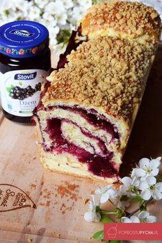 Zawijane ciasto drożdżowe zdżemem Fun Desserts, Delicious Desserts, Sweet Recipes, Cake Recipes, Polish Recipes, Sweet Cakes, Cake Cookies, Cupcakes, Yummy Cakes