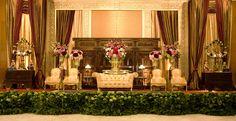 #pelaminan #jawa #bronze #classic #mawarprada #dekorasi #pernikahan #wedding #decoration #jakarta more info: T.0817 015 0406 E. info@mawarprada.com www.mawarprada.com