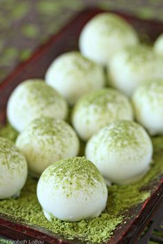 Matcha's perky green color is the perfect match for sweet treats – and its health-boosting benefits bring balance to sugary indulgences. Make life sweeter with matcha desserts. Köstliche Desserts, Delicious Desserts, Dessert Recipes, Yummy Food, Green Desserts, Alcoholic Desserts, Healthy Food, Eating Healthy, Clean Eating