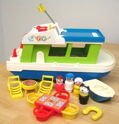 Vintage Fisher Price Houseboat found through Moddern Kiddo