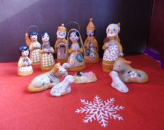 Vintage Christmas Nativity Scene Mexican Hand Made Clay/Pottery Nativity Set 14 Pieces