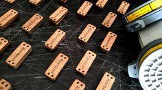 Siguen llegando más pedidos al taller de #cutqueen y nosotros trabajando cada día para satisfacer a nuestro clientes  'Identificadores de marca para KORONEL MOSTAZA'  #laser #lasercut #lasertag #grabado #grabadolaser #recorded #corte #cortelaser #madera #wood #okume #cutqueen #cortelasermadera #hechoalaser #hechoenvenezuela #venezuela #talentovenezolano #identificadores #tags #tag #design #diseño #designersvenezuela #vsco #vscocam #instagram by cutqueen