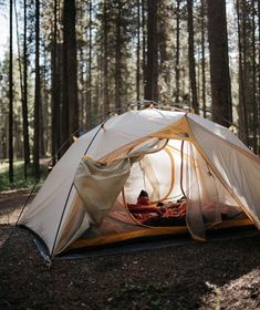 Would you like to go camping? If you would, you may be interested in turning your next camping adventure into a camping vacation. Camping vacations are fun Camping Hacks, Camping And Hiking, Camping Life, Family Camping, Camping Ideas, Outdoor Camping, Camping Cooking, Camping Friends, Backpacking