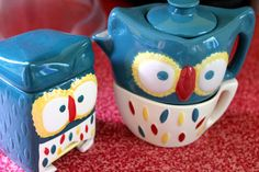 Vintage Classics collection owl tea for one and owl tea caddy by Twinings