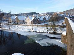 Icy River Dee, Ballater, Royal Deeside, Cairngorms National Park, Aberdeenshire, Scotland, UK