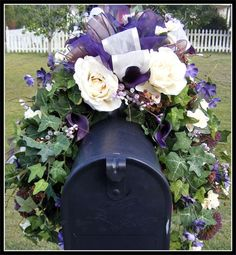 Wreaths: Decorative Door Wreaths, Luxury Christmas Wreaths - Mailbox Swags - Maplesville, AL