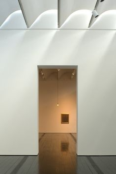 *interior design, minimalism, exposition places  architecture* - Renzo Piano, Menil Collection