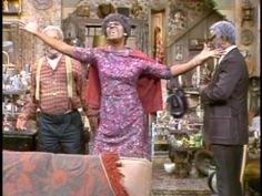 I loved it when Aunt Ester got excited praising The LORD .Sanford and Son The Good Son, The Good Old Days, 70s Tv Shows, Movies And Tv Shows, Redd Foxx, Sanford And Son, Real Tv, Classic Comedies, Funny As Hell