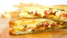 Grilled Cheese Sandwich, ein raffiniertes Rezept aus der Kategorie Snacks und kleine Gerichte. Bewertungen: 7. Durchschnitt: Ø 3,8.