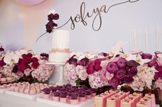 Burgundy and Pink with hints of gold / This Stunning Balloon Themed Party is by Styled by Coco in Melbourne – The Little Big Company BLOG