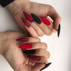130 fearless combinations with black stiletto nails - page 9 Witchy Nails, Goth Nails, Edgy Nails, Grunge Nails, Stylish Nails, Trendy Nails, Swag Nails, Black Stiletto Nails, Red Acrylic Nails