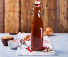 Ízletes vegyes savanyúság télre Recept képpel - Mindmegette.hu - Receptek - Befőzés Ketchup, Hot Sauce Bottles, Homemade, Cooking, Food, Kitchen, Home Made, Essen, Meals