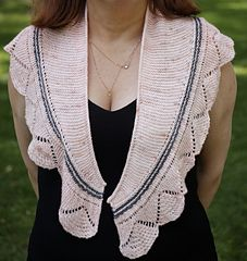 Pattern -  Shawlette La vie en rose. Knit Patterns, Shawl, Feminine, Knitting, Rose, Crochet, How To Wear, Shirts, Design