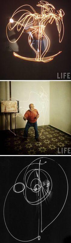 Você se achando todo criativo fazendo light paint com câmeras digitais e nem imaginava que o mestre Picasso já fazia experimentos criativos como esse há mais de 60 anos atrás com a ajuda do fotógrafoGjon Mili.