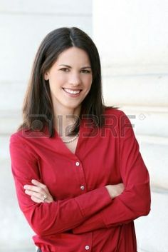 http://us.123rf.com/400wm/400/400/notebook/notebook0810/notebook081000224/3771412-headshot-of-an-attractive-business-corporate-female-in-a-s...