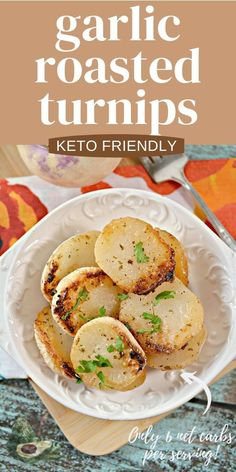 Roasted Turnips are a great low carb side dish that pairs perfectly with any entree! This Keto Garlic Ranch Roasted Turnips Recipe is super easy and filling and the whole family will love them! Great keto side dish to replace potatoes. Turnip Recipes, Low Calorie Sides, Low Carb Side Dishes, Awesome Food, Good Food, Keto Ranch Dressing Recipe, Roasted Turnips, Mediterranean Diet