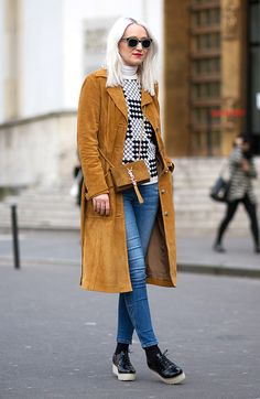 look oxford e casaco de suede