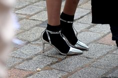 The all-knowing sock-with-teva-heel (oh come on, that's what it is)