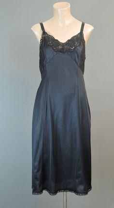 Vintage Black Nylon Full Slip, 34 bust Wonder Maid 1960s - Dandelion Vintage