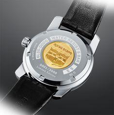 Seiko King Seiko KSK #Seiko #seikowatches #watchtime #caseback #watchoftheday #watchnerd #watchgeek Modern Watches, Vintage Watches, Crown And Buckle, Japan Today, Shield Design, Vintage Models, Seiko Watches, Model Pictures, Crocodile