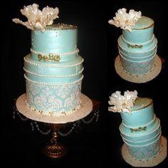 Gateau de Mariage/Anniversaire Bleu Tiffany, dorure et Perle . Damask ...
