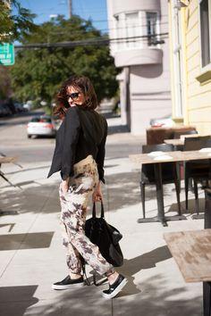 Juliet Belkin of SHOPGIRLSF #streetstyle #ootd #cropped #harem #vans @Vans #Zara @Zara #SanFrancisco Read More: http://www.stylemepretty.com/living/2015/03/18/spring-trendspotting-with-shopgirl/