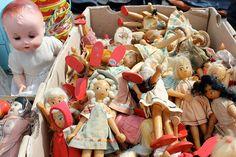 Box of Vintage Dolls.  by Ana Maria Munoz // Anamu, via Flickr #dolls #flea_market
