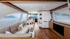 Mochi Craft Dolphin 64' Cruiser Saloon #theyachtownernet