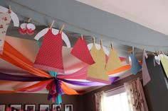 MoodzDesign - Masha and The Bear Birthday Party - Laundry Day
